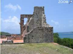 photo de LES RUINES DU CHATEAU DUBUC